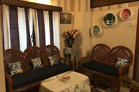 Central kolkata home stay