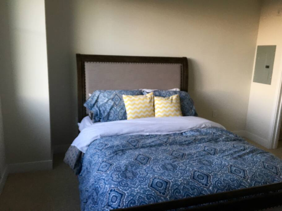 Comfy brand new pillow top as of 1/16 queen bed with the softest sheets ever. Walk in closet.