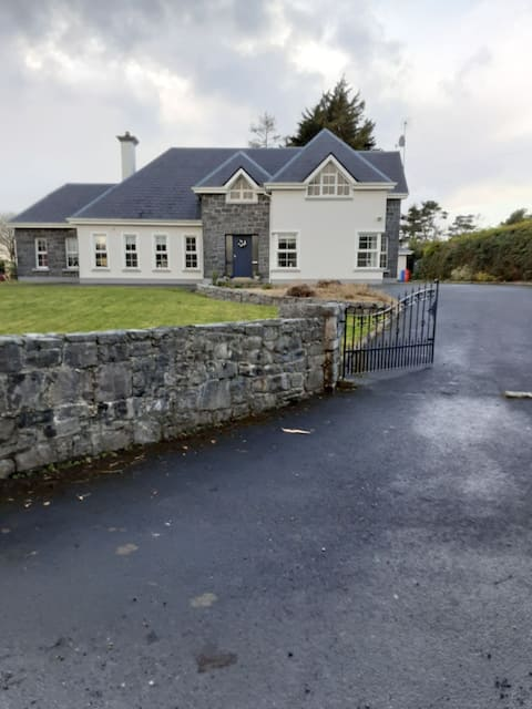 Palmerstown Lodge, Oranmore Co Galway