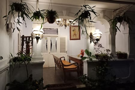 ABG Room-Classic Heritage Colonial