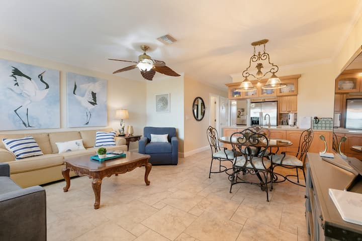 Sanibel Arms F3, Ground-Level, Gulf-Front, 1 Bdrm