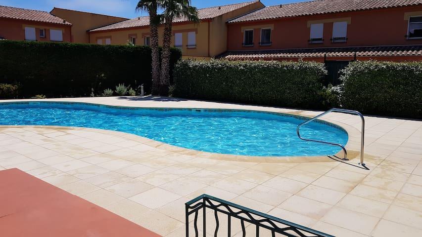 Villa T3 dans résidence sécurisée avec piscine