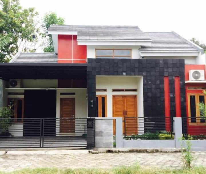 OMAH LOR- Yogyakarta