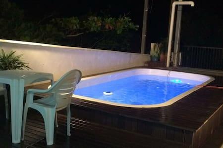 Casa com piscina e aconchegante! - Bombinhas