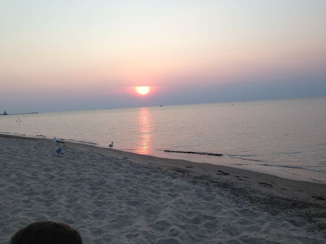 GORGEOUS lakefront condo one hour from Chicago