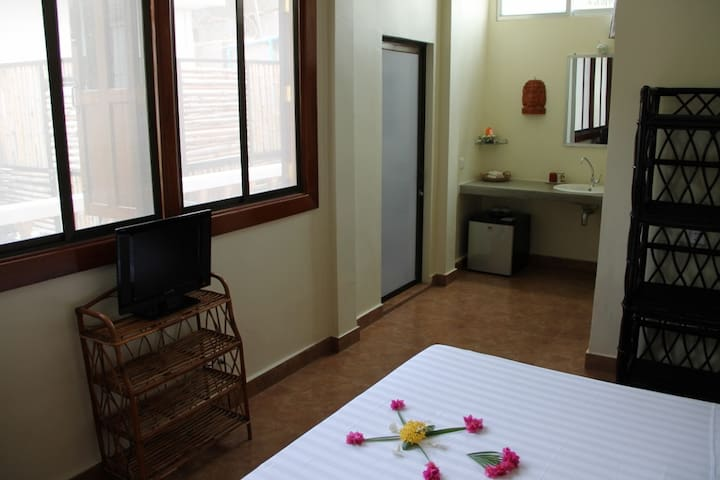 Awesome room with cozy terrace in Battambang