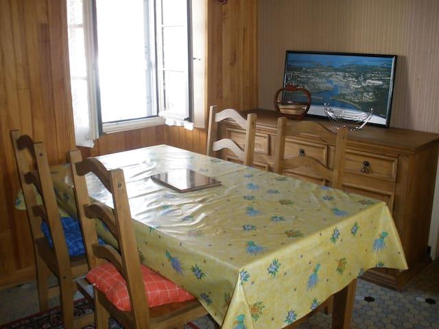 maison de pêcheur au coeur village