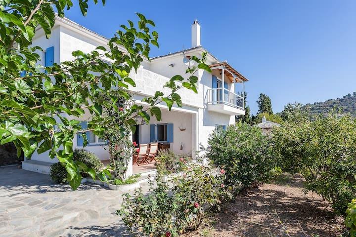 Villa Atheatos in Glossa, Skopelos - Glossa - Villa