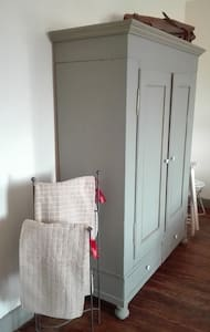 Chambre rouge - Rode kamer - Viviers - House - 2