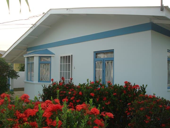 Kim's place  Trincity - Entire villa 3 bedrooms