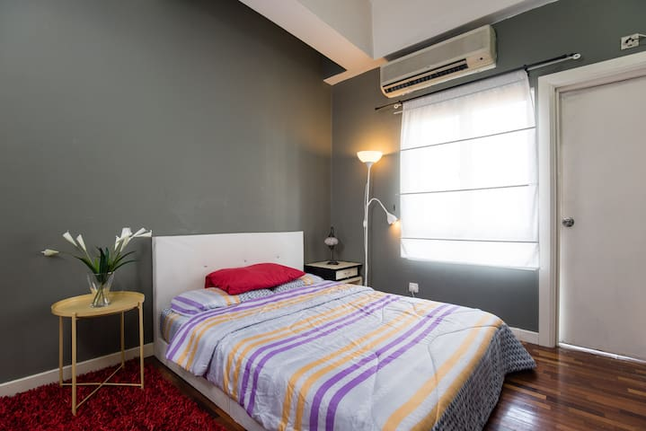 Cozy Studio Apartment near KLCC