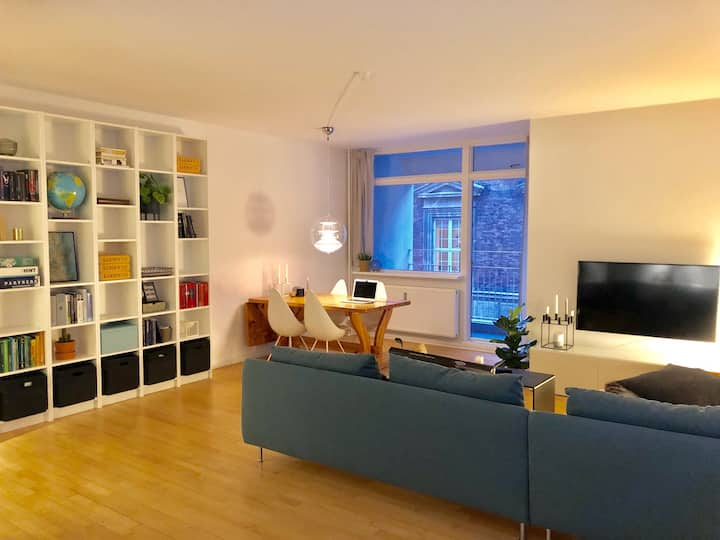 Center of Copenhagen, 80 square meters w. balcony