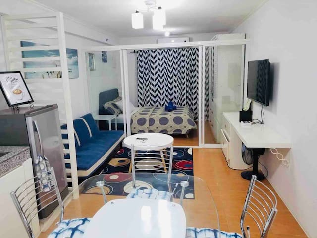 3Fully Furnished 1 BR Condo Unit