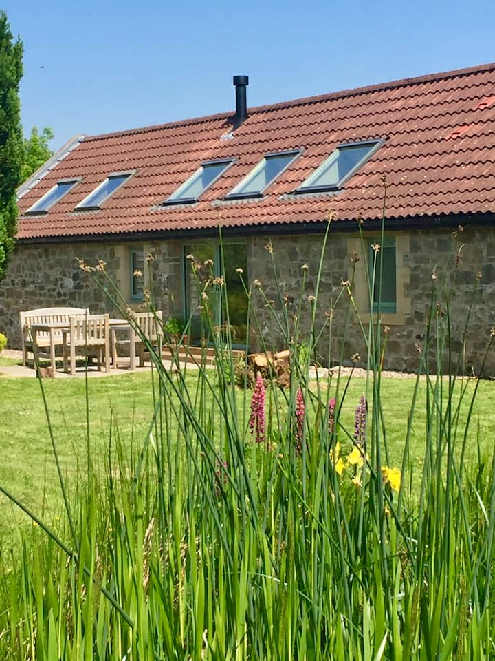 Camilty Cottage -country retreat outside Edinburgh