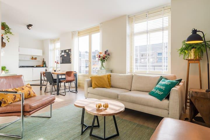 Modern and spacious apartment in De Pijp, near RAI
