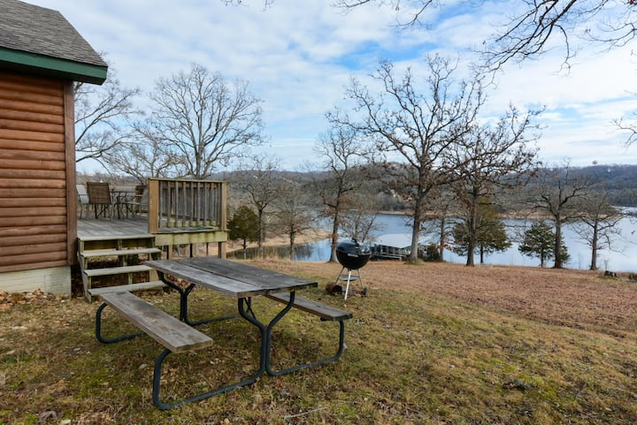 TO THE LAKE CABIN - LAKE VIEWS! - Outdoor POOL - Boat Launch - SWIM DOCK!