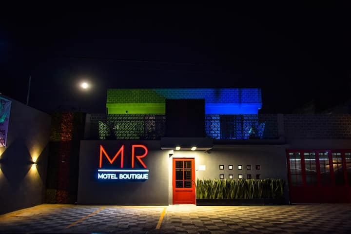 MR motel boutique