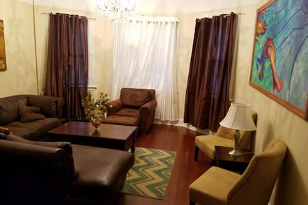 Great Big Charming House - Paterson - Talo
