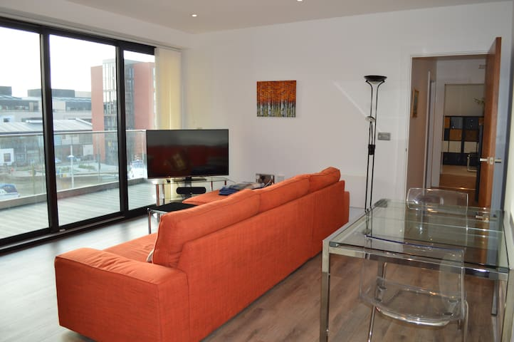 Stylish luxury apartment in the heart of Lincoln
