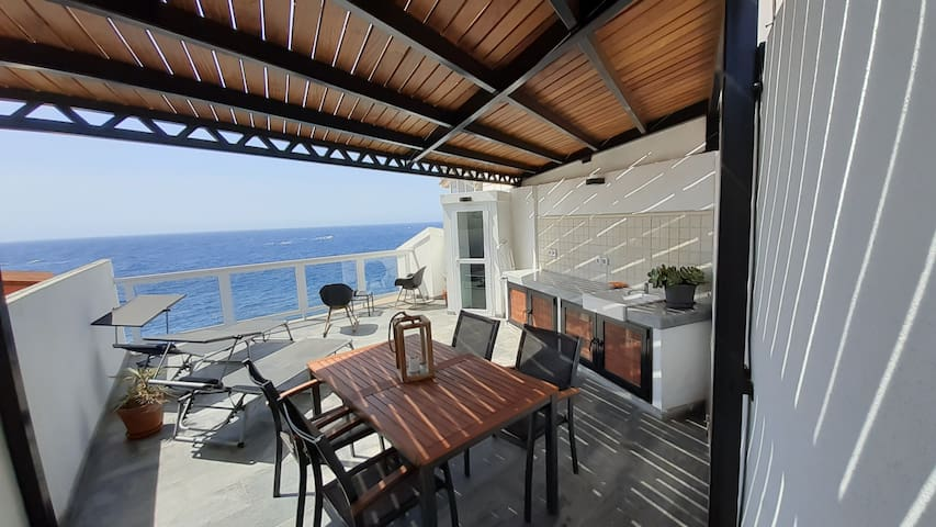 Your rooftop terrace is half covered with a pergola so you can decide if you want to be in the sun or the shade.