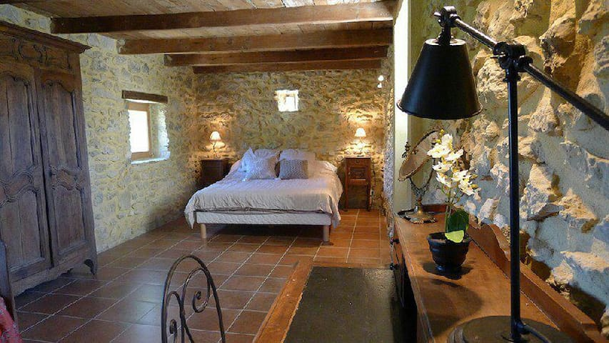 Winemaker Suite - Bourg-Saint-Andéol - Bed & Breakfast