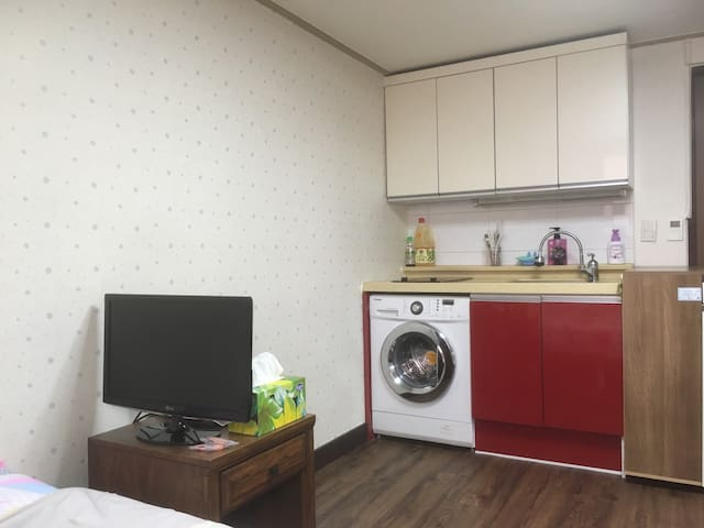Studio House, 4min to Yeonshinnae subway station - Eunpyeong-gu - Apartament