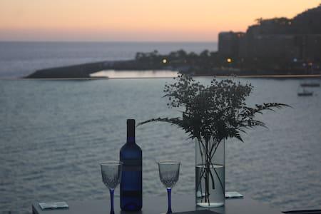 Precioso Apto. con  espectaculares vistas al mar