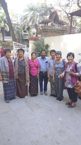 January 2018...Our very first visitors from Bhutan....a heavenly country and must see place. The guests loved their visit to Elephanta caves and were impressed at the fast and smooth drive over the Eastern Freeway from our HomeStay in Chembur to Gateway of India from where they took a boat to Elephanta