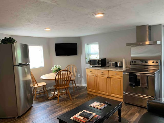 2 of 3 Renovated Rooms amid Ski Resorts & Downtown