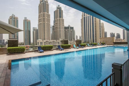 Luxury 1BD Apartmentin the heart of Downtown Dubai - Dubai