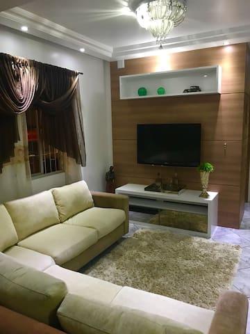 Espaço confortável na Grande Florianopolis