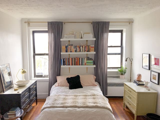 Bright & Spacious Studio near Prospect Park, BAM