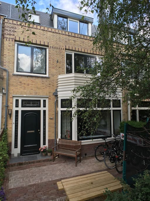 Comfortable family house near beach and amsterdam case for Case amsterdam affitto