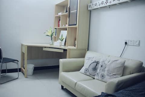 Comfortable room 舒适一房一厅