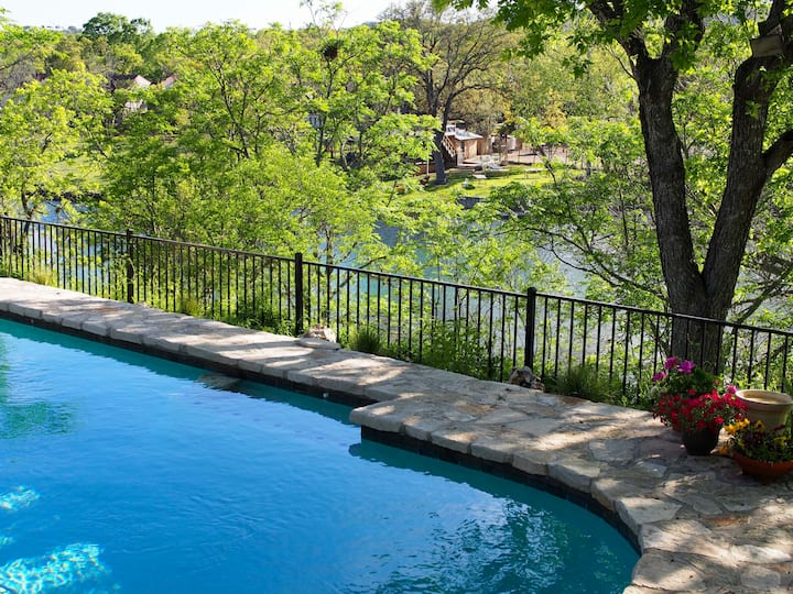 Month to Month Rental-Pool & Creek View