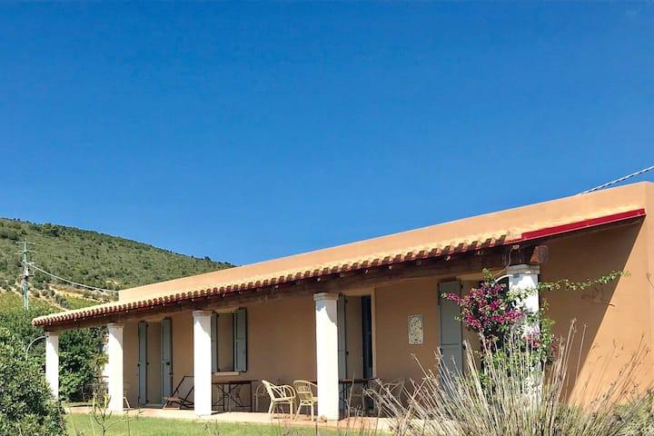 Villa de vacances  Porto Pino vue mer 8 pers