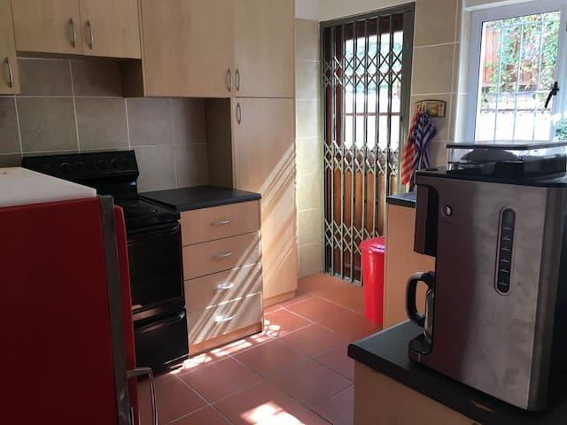 2 Bedroom Home - Ciudad del Cabo - Casa