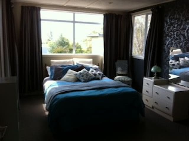 Comfy Bed, Spacious room, Spa pool2 - Invercargill - Haus
