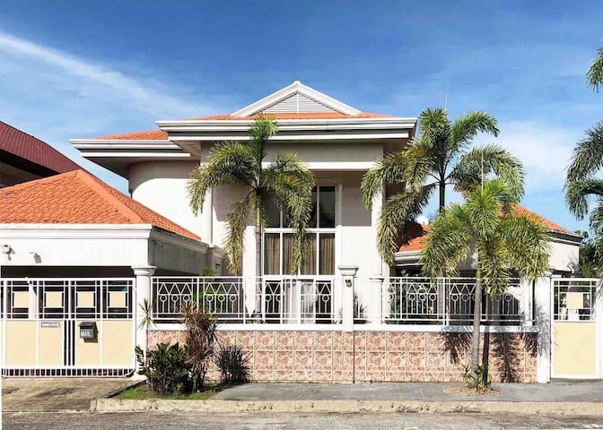 Beautiful & Modern Villa in Angeles City, Pampanga