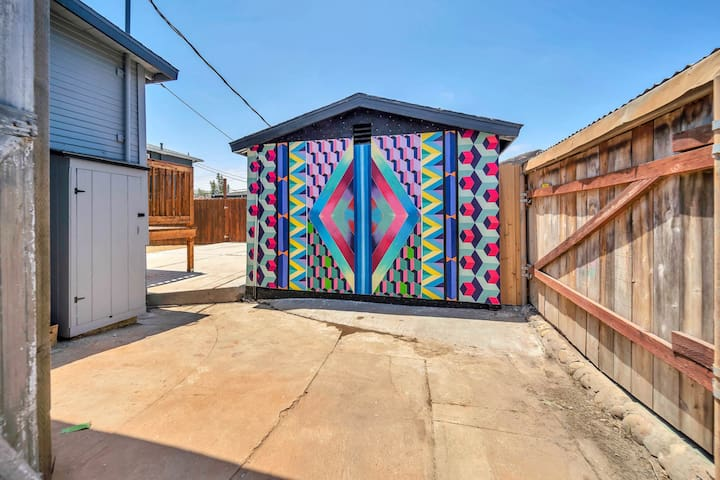 Tiny Living with A/C+Outdoor space in North Park!