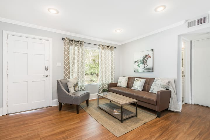 The Best Location in theHeart of MidtownAtlanta$93