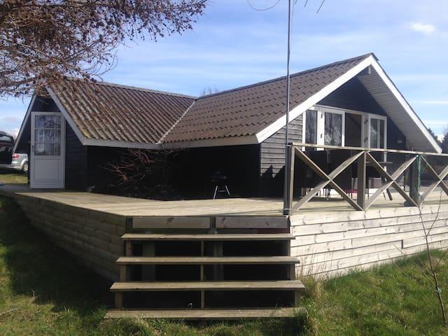 Lækkert nyrenoveret sommerhus Enø - Karrebæksminde