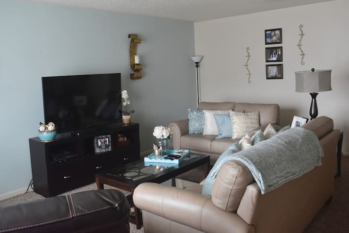 Home Away From Home in Aggieland - College Station - Condominio