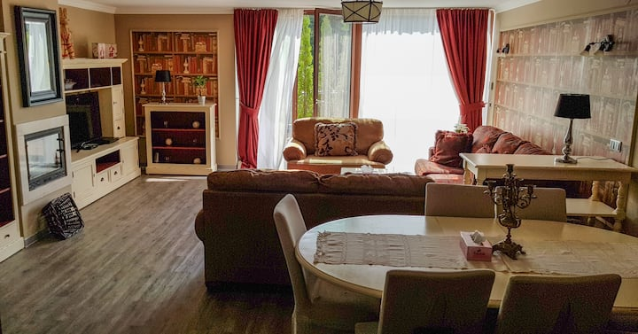 Silver Mountain 3 Bedroom Apartment Poiana Brasov