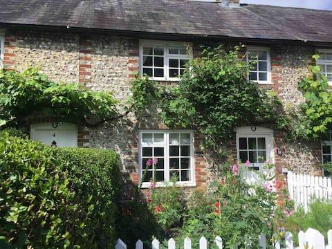 Thimble Cottage near Goodwood