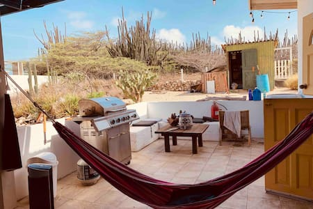 Casita Pitch ~For the active, Surfers, backpackers