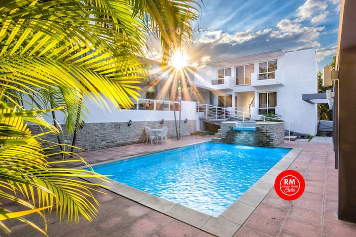 02 Villa Magic WiFi 16 guest pool March 40% Off
