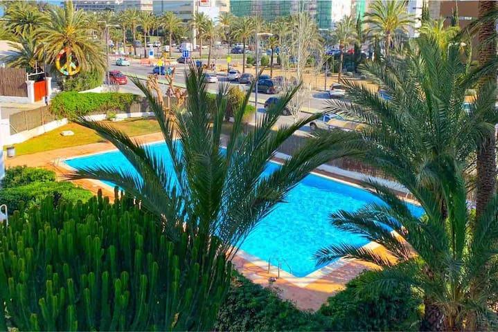 Cherry Marina Botafoch Apartment with pool , Pacha