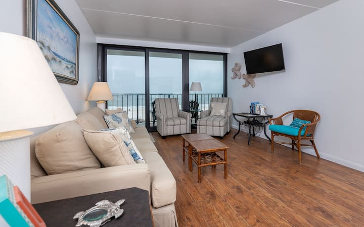 Gulf Front 2 Bedroom - Island Winds East 309