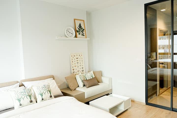 Brand new condominium - IDEO Ramkhamheang